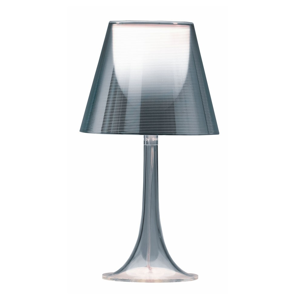 flos miss k bordlampa k p hos vision of fri frakt. Black Bedroom Furniture Sets. Home Design Ideas