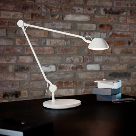 AQ01 Bordslampa
